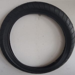 BICYCLE TYRE 24 X 4 1/4in-0
