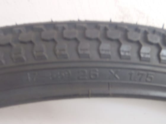 BICYCLE TYRE 26 X 1.75-295