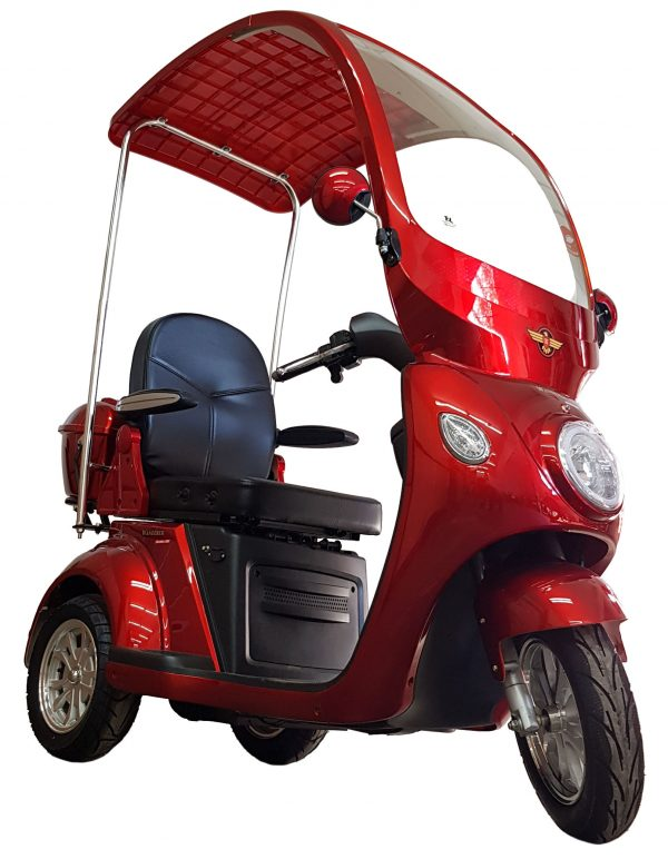 WANDERER Series III mobility scooter: Front (Red)